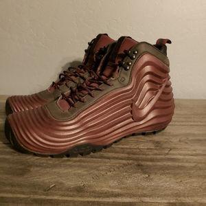 Nike Acg boot